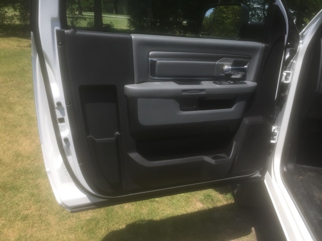 2018 Ram 3500 Regular Cab DRW 4x4,  Pickup #28128 - photo 10