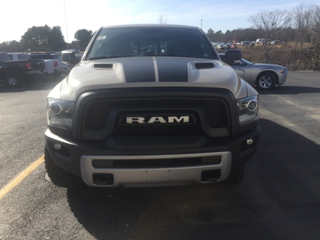 2017 Ram 1500 Crew Cab 4x4, Pickup #37720853*O - photo 3