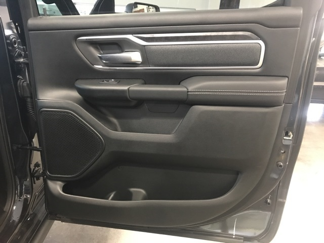 2019 Ram 1500 Crew Cab 4x4,  Pickup #552336 - photo 17