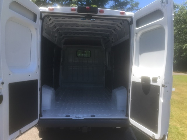 2018 ProMaster 2500 High Roof 4x2,  Empty Cargo Van #JE136119 - photo 2