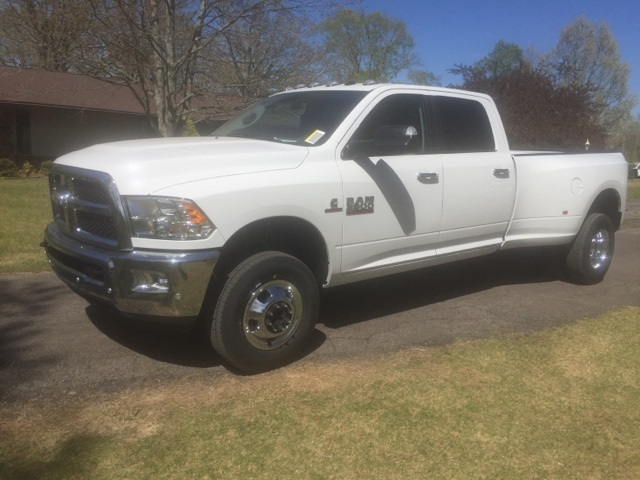 2018 Ram 3500 Crew Cab DRW 4x4,  Pickup #JG268027 - photo 1