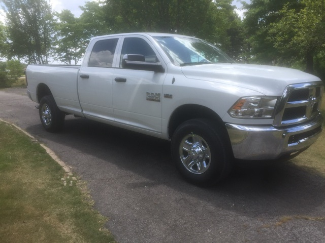 2018 Ram 2500 Crew Cab 4x4,  Pickup #JG288041 - photo 4