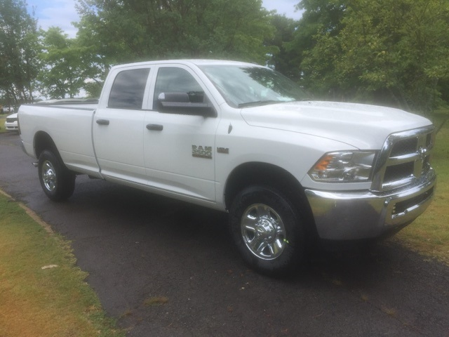 2018 Ram 2500 Crew Cab 4x4,  Pickup #JG288045 - photo 4