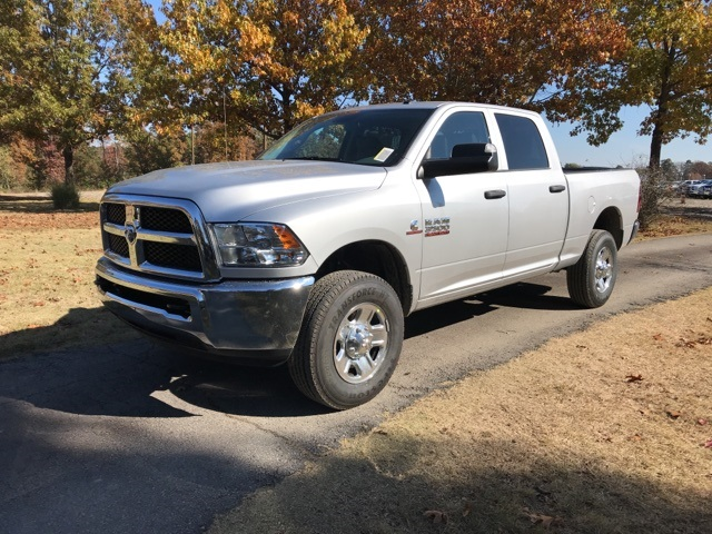 2018 Ram 3500 Crew Cab 4x4,  Pickup #JG354162 - photo 1