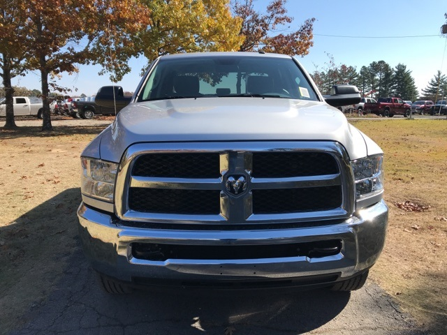 2018 Ram 3500 Crew Cab 4x4,  Pickup #JG354162 - photo 3