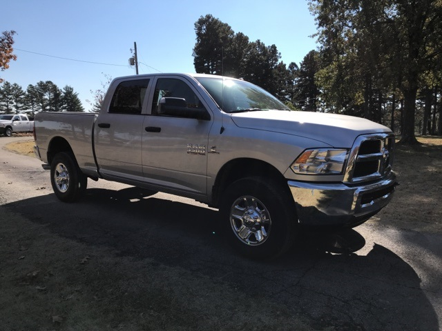 2018 Ram 3500 Crew Cab 4x4,  Pickup #JG354162 - photo 4
