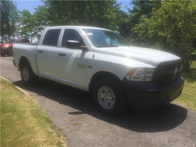 2018 Ram 1500 Crew Cab 4x4,  Pickup #JS279201 - photo 4