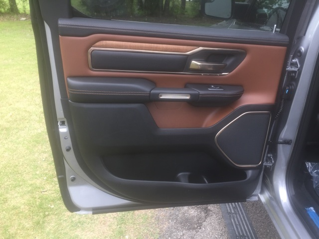 2019 Ram 1500 Crew Cab 4x4,  Pickup #KN510339 - photo 10