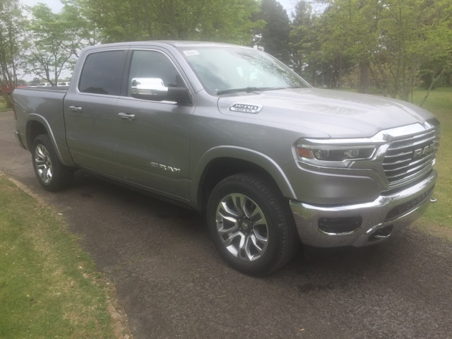 2019 Ram 1500 Crew Cab 4x4,  Pickup #KN510339 - photo 4