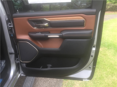 2019 Ram 1500 Crew Cab 4x4,  Pickup #KN510339 - photo 16