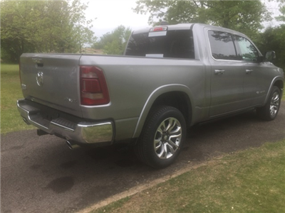 2019 Ram 1500 Crew Cab 4x4,  Pickup #KN510339 - photo 5
