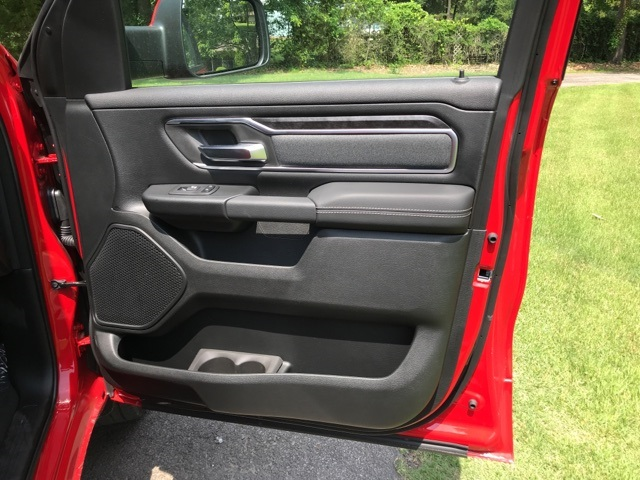 2019 Ram 1500 Crew Cab 4x4,  Pickup #KN512203 - photo 19