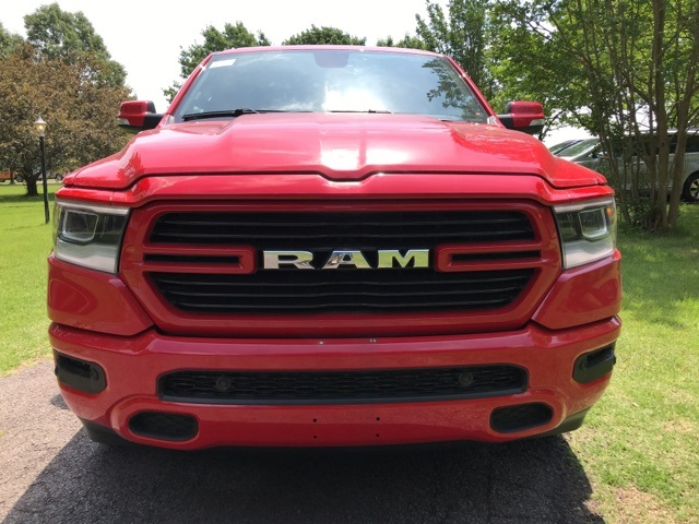2019 Ram 1500 Crew Cab 4x4,  Pickup #KN512203 - photo 3