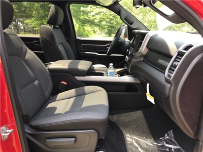 2019 Ram 1500 Crew Cab 4x4,  Pickup #KN512203 - photo 17