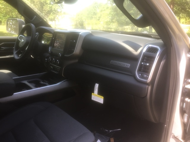 2019 Ram 1500 Crew Cab 4x4,  Pickup #KN545353 - photo 18