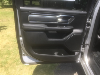 2019 Ram 1500 Crew Cab 4x4,  Pickup #KN545353 - photo 10