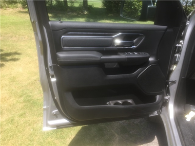 2019 Ram 1500 Crew Cab 4x4,  Pickup #KN545353 - photo 14