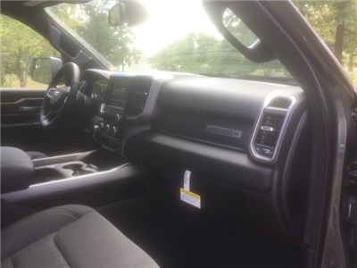2019 Ram 1500 Crew Cab 4x2,  Pickup #KN548054 - photo 17
