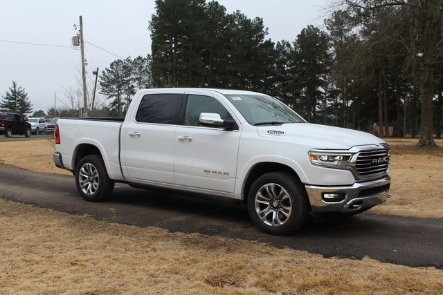 2019 Ram 1500 Crew Cab 4x4,  Pickup #KN563917 - photo 4