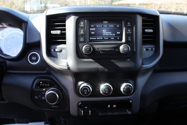 2019 Ram 1500 Crew Cab 4x4,  Pickup #KN597875 - photo 12