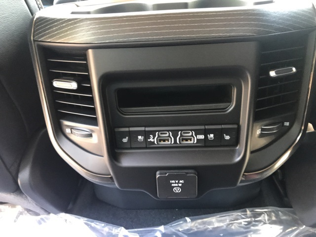 2019 Ram 1500 Crew Cab 4x4,  Pickup #KN598493 - photo 11