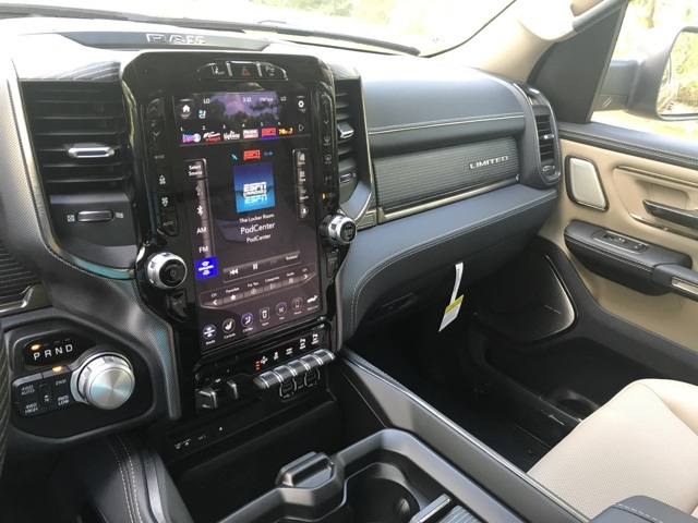 2019 Ram 1500 Crew Cab 4x4,  Pickup #KN598493 - photo 31