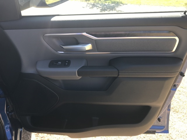 2019 Ram 1500 Crew Cab 4x4,  Pickup #KN606268 - photo 16