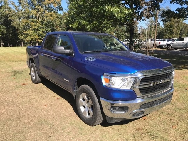 2019 Ram 1500 Crew Cab 4x4,  Pickup #KN606268 - photo 4