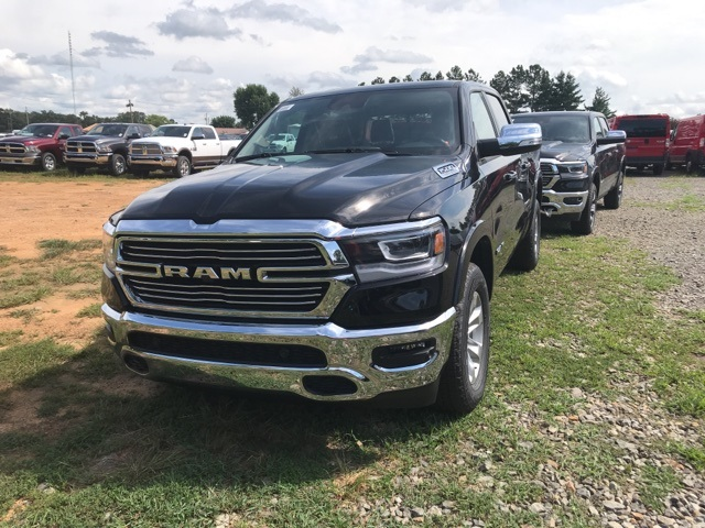 2019 Ram 1500 Crew Cab 4x2,  Pickup #KN615833 - photo 1