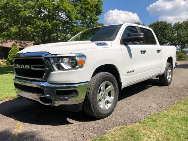 2019 Ram 1500 Crew Cab 4x4,  Pickup #KN631240 - photo 1