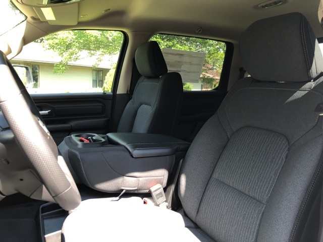2019 Ram 1500 Crew Cab 4x4,  Pickup #KN631240 - photo 11
