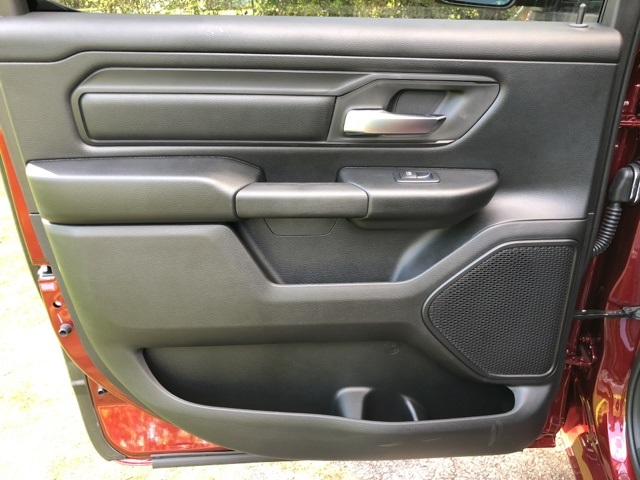 2019 Ram 1500 Crew Cab 4x4,  Pickup #KN631241 - photo 8