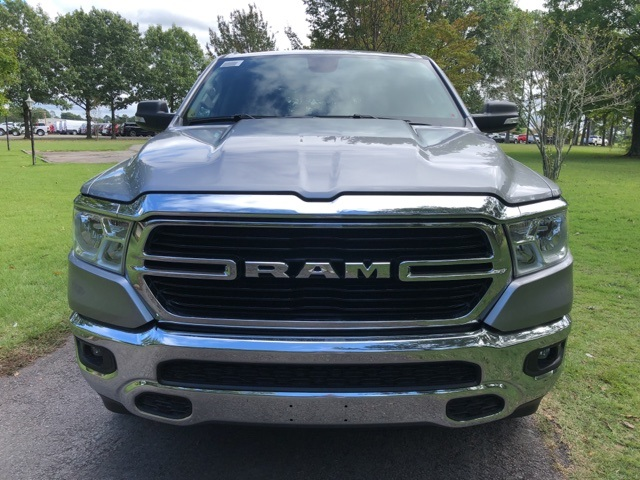 2019 Ram 1500 Crew Cab 4x4,  Pickup #KN644917 - photo 3