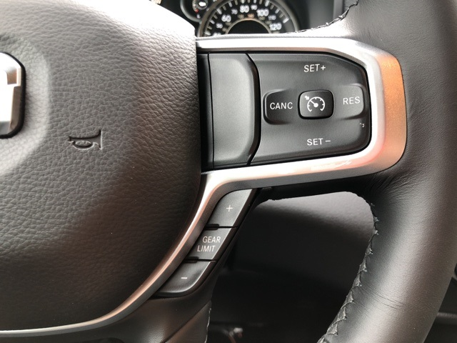 2019 Ram 1500 Crew Cab 4x4,  Pickup #KN644923 - photo 25