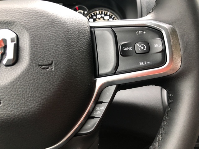 2019 Ram 1500 Crew Cab 4x4,  Pickup #KN644931 - photo 25