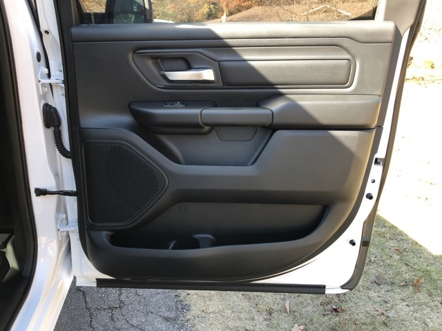 2019 Ram 1500 Crew Cab 4x2,  Pickup #KN650824 - photo 21