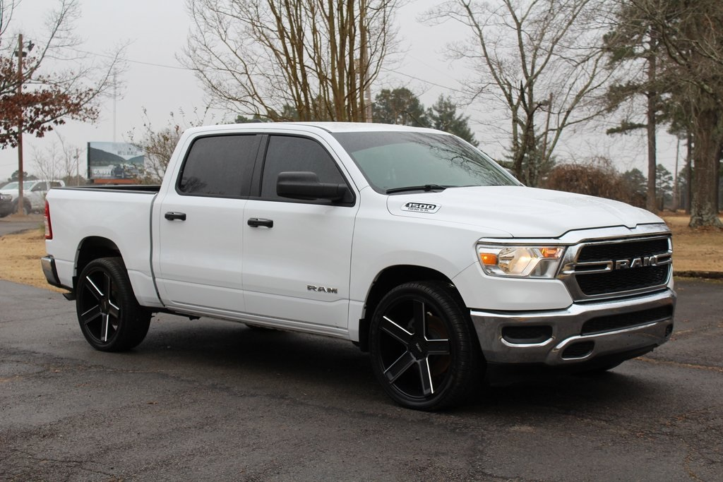 2019 Ram 1500 Crew Cab 4x2,  Pickup #KN650824 - photo 4