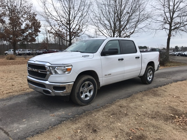 2019 Ram 1500 Crew Cab 4x2,  Pickup #KN650825 - photo 1