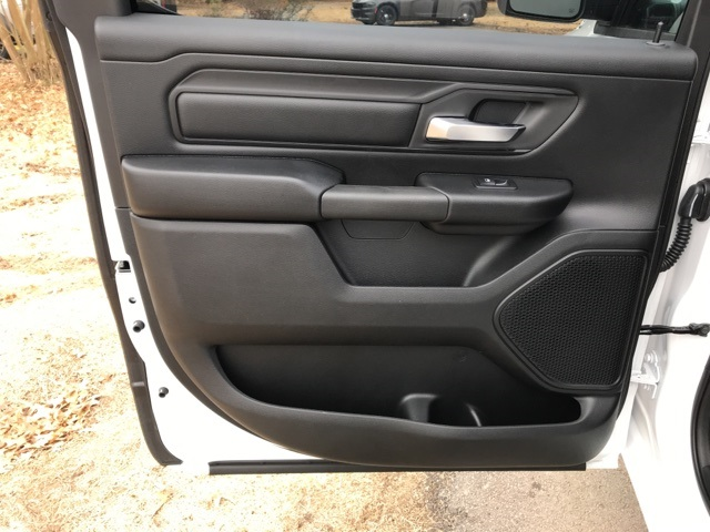 2019 Ram 1500 Crew Cab 4x2,  Pickup #KN650825 - photo 10