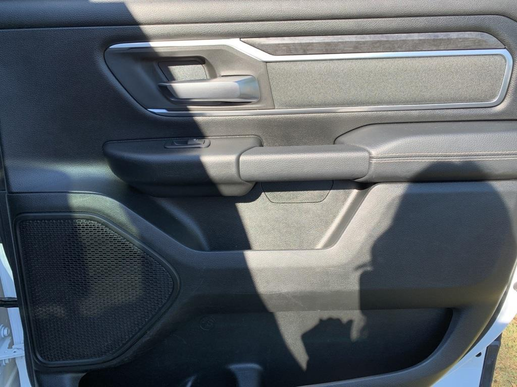 2019 Ram 1500 Crew Cab 4x4,  Pickup #KN702988 - photo 14