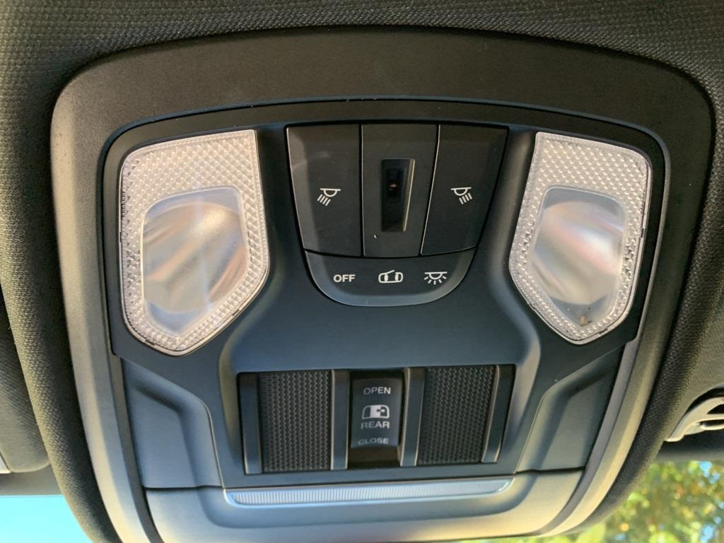 2019 Ram 1500 Crew Cab 4x4,  Pickup #KN702988 - photo 32