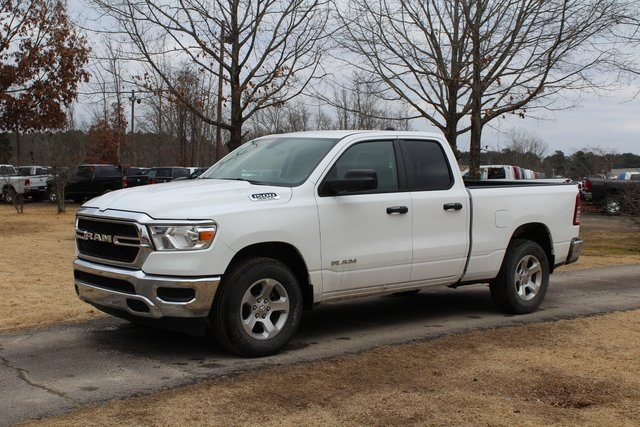 2019 Ram 1500 Quad Cab 4x2,  Pickup #KN737933 - photo 1