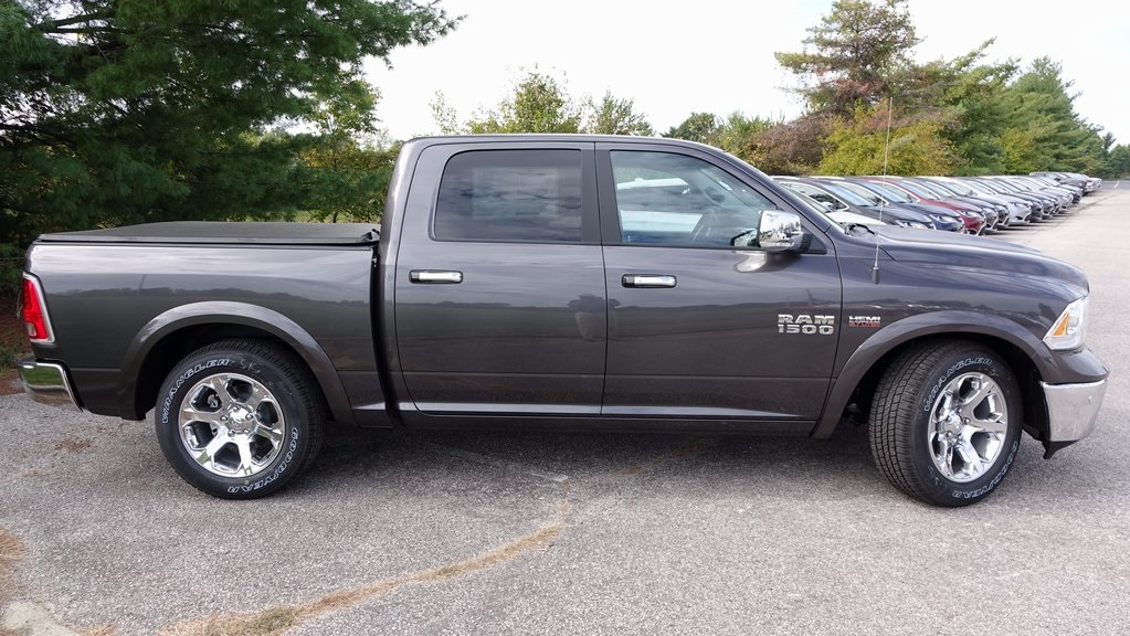 2018 Ram 1500 Crew Cab 4x4, Pickup #C8159 - photo 3