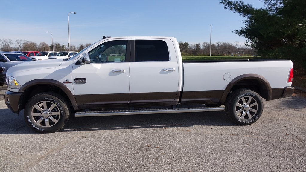 2018 Ram 3500 Crew Cab 4x4, Pickup #C8320 - photo 6