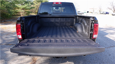 2018 Ram 1500 Crew Cab 4x4, Pickup #C8322 - photo 31