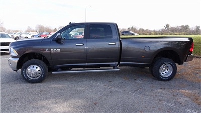 2018 Ram 3500 Crew Cab DRW 4x4, Pickup #C8391 - photo 6