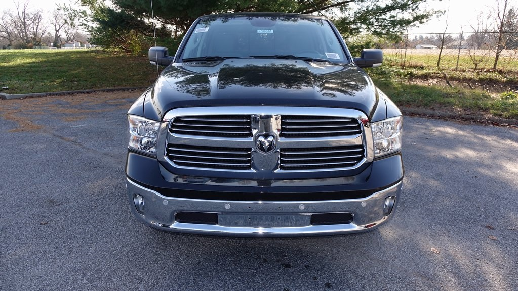 2018 Ram 1500 Crew Cab, Pickup #C8400 - photo 8