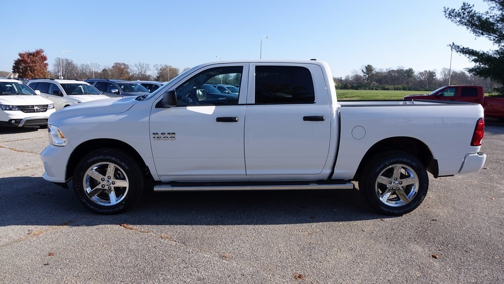 2018 Ram 1500 Crew Cab 4x4, Pickup #C8404 - photo 6