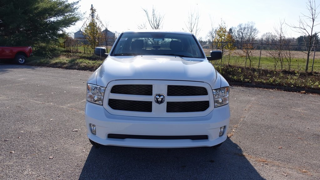 2018 Ram 1500 Crew Cab 4x4, Pickup #C8404 - photo 8
