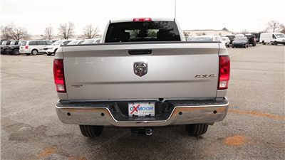 2018 Ram 2500 Crew Cab 4x4, Pickup #C8462 - photo 4